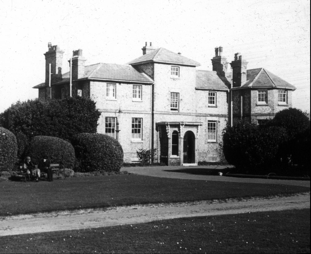 North Lodge in the 1920s before its sale to Cromer Urban District Council in 1928