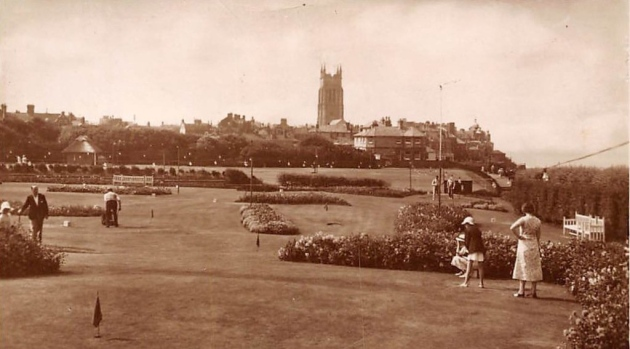 A photo from the 1950s showing putting at Cromer's North Lodge Park.